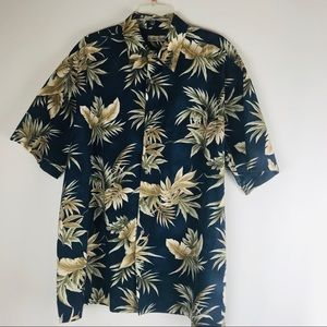 Hollis River Hawaiian shirt.